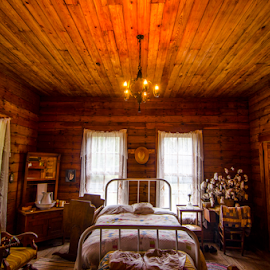 bedroom by David Ubach - Buildings & Architecture Other Interior ( home, old, vintage, bedroom, historic )