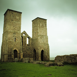 Reculver  by Nic Evennett - Buildings & Architecture Decaying & Abandoned