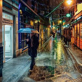 by Maciek Przeklasa - People Street & Candids ( ireland, dublin, rain )