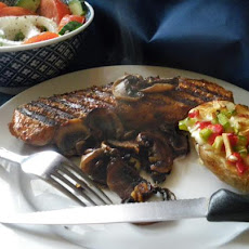 Steak With Sherried Mushrooms