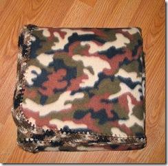 EdgeryDoo Camo Blanket