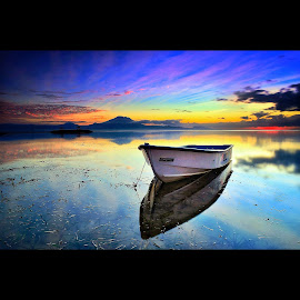 feel alone by Dhika Ajuz - Landscapes Waterscapes ( amazing, bali, waterscape, sunrise, seascape, beach, landscape, photography )