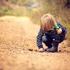 Investigating by Chinchilla  Photography - Babies & Children Toddlers
