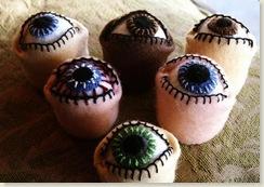 eyeballpinushion