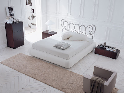 Paris bed from Dall'agnese.jpg
