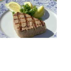 Grilled Yellowfin Tuna with Lemon and Garlic