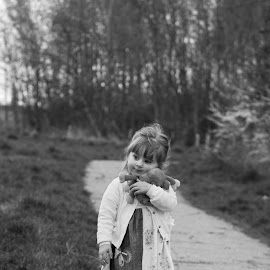 Sophie by Jessy Jones-Photography - Babies & Children Toddlers ( girl, woodland, toddler, walk, woods )
