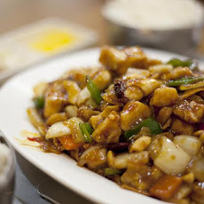 Deep-fried Kung Pao Chicken with Peanuts