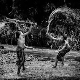 Splash War by Andreas Sugiarto - Babies & Children Children Candids