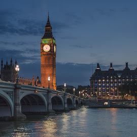 Calmed Night by Roland Bast - Buildings & Architecture Public & Historical ( england, london, big ben, nightscapes,  )
