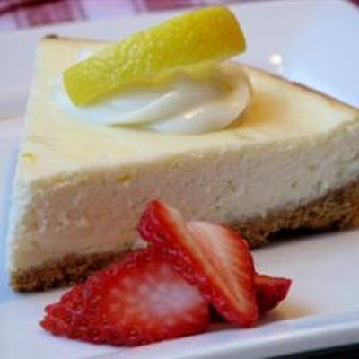 Basic Creamy Cheesecake