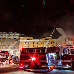 Firefighter fight Majestic Hotel fire by Matt Mcclenahan - News & Events Disasters ( majestic hotel, news, fire fighter, hot springs, fire, arkansas,  )