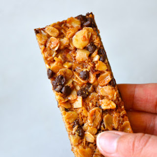 Easy Homemade Chocolate Chip Granola Bars