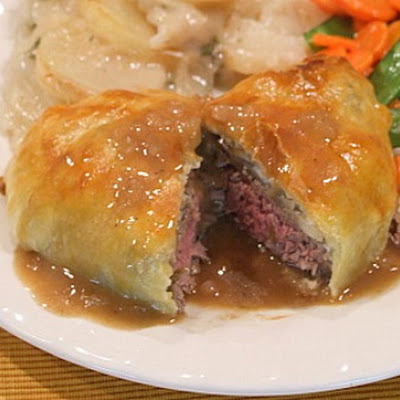 Beef Wellingtons with Gorgonzola and Madeira Wine Sauce