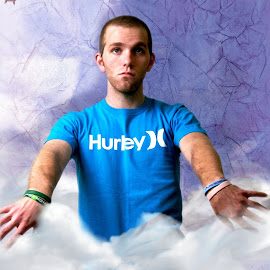 Hurley clothing brand shot  by Aaron Loose - Artistic Objects Clothing & Accessories