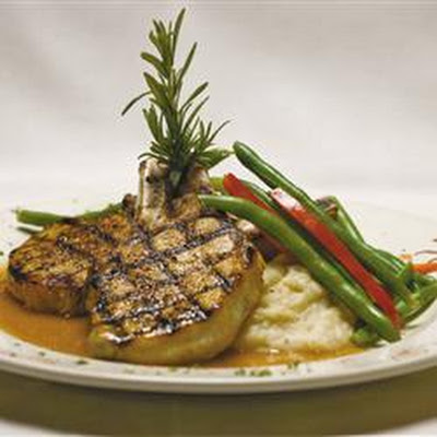 Pork Chops with Praline Sauce