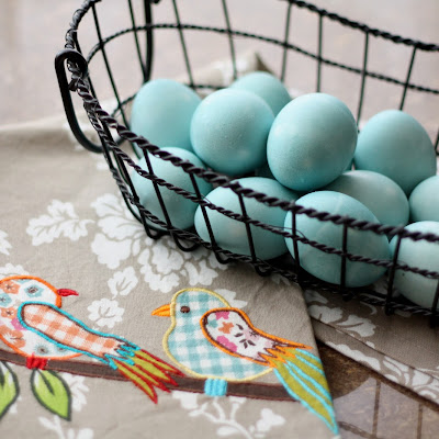 Natural Blue Homemade Easter Egg Dye