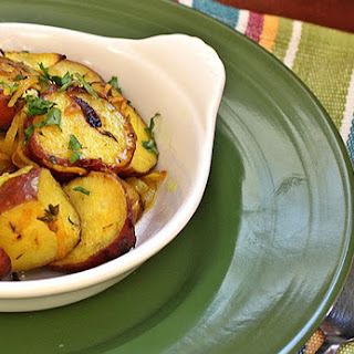 Roasted Red Potatoes with Turmeric and Thyme [V, GF]