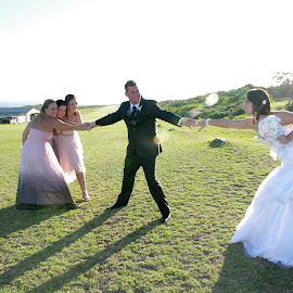 by Linda Jansen van Rensburg. - Wedding Groups