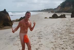 Nudisme à Tambaba!