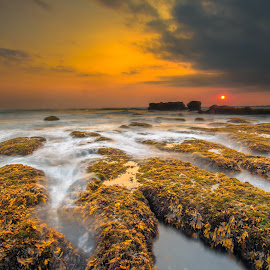 Sunset Madnes by Adhitya Sutrisno - Landscapes Waterscapes ( bali, waterscape, indonesia, seascape, landscape )