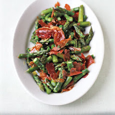 Asparagus with Prosciutto Chips