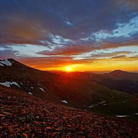Sunrise on Mt Lincoln by Justin Giffin - Landscapes Sunsets & Sunrises ( clouds, mountains, rocky mountains, colorado, 14ers, sunrise, Hope, , golden hour, sunset, Earth, Light, Landscapes, Views, #GARYFONGDRAMATICLIGHT, #WTFBOBDAVIS )