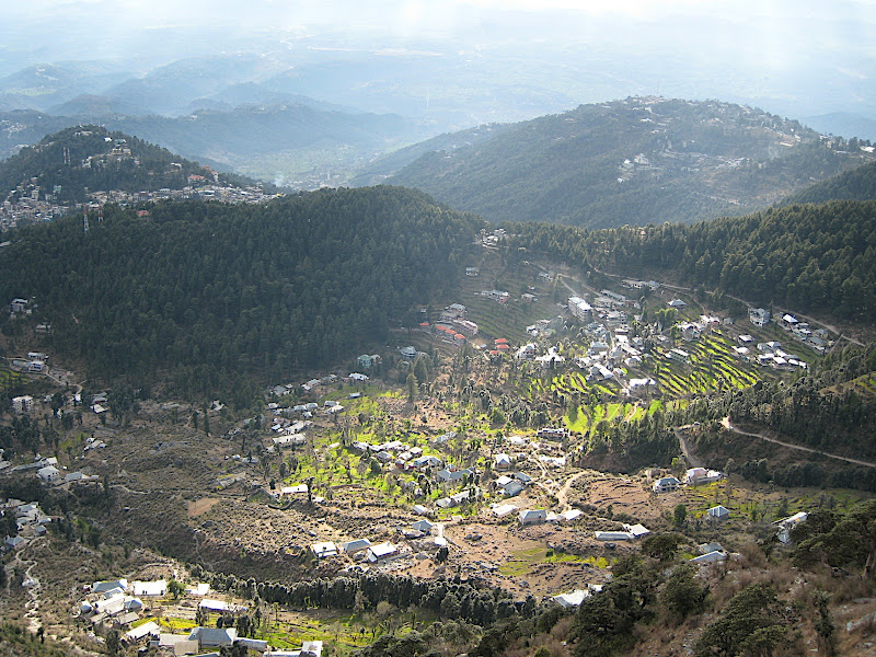 Looking down over Bhagsu