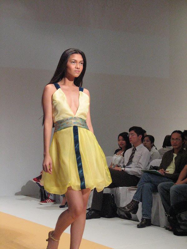 CANON_20070325_045 - Gorgeous Filipinas - Love Talk