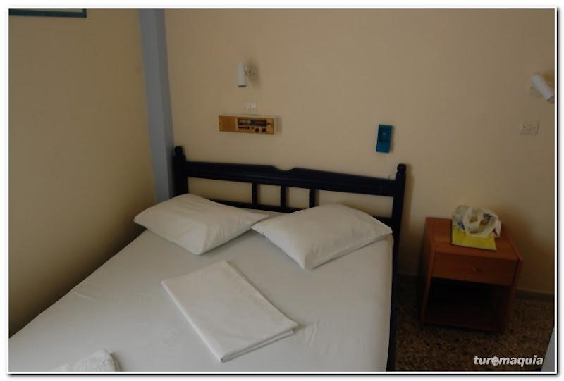 hotel_porcaria_santorini