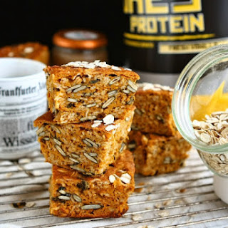 Gluten Free Pumpkin Protein Oat Bars with Applesauce