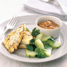 Sautéed Chicken with Peanut Dipping Sauce