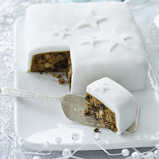 Ginger & orange Christmas cake