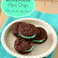 Homemade Mint Chip Oreos