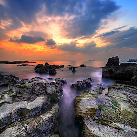 road to edge by Kadek Lana - Landscapes Waterscapes ( arasaki, japan, sunset, kanagawa, misakiguchi )