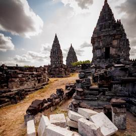 Prambanan 1 by Vidi Agiorno - Buildings & Architecture Statues & Monuments ( yogyakarta, artefak, indonesia, candi, kerajaan, syailendra, java, landscape, prambanan, hinduism )