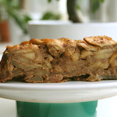 Apple and Amaretti Cake