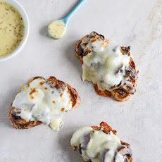 Mushroom Melts with Mustard Aioli