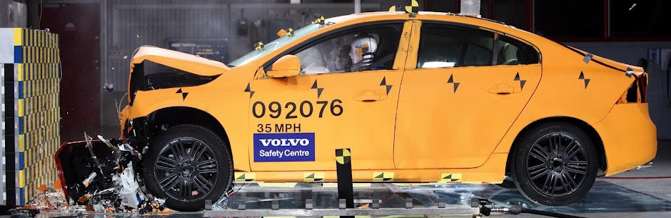 Volvo crash test
