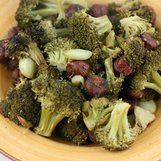 Broccoli With Toasted Garlic and Hazelnuts CrockPot