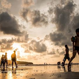 Time to back home by Surajit Dutta - Landscapes Sunsets & Sunrises ( holiday, sunset, sunrise, beach, landscape,  )