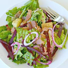Beet and Balsamic Vinaigrette Salad