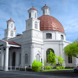 Gereja Blenduk by Wibi Wb - Buildings & Architecture Statues & Monuments