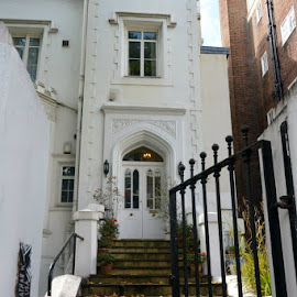 London townhouse by Lynnie Keathley - Buildings & Architecture Homes
