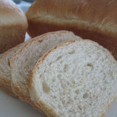 Delicious Homemade White Bread