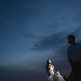 Whatever our souls are made up, his and mine are the same by Yansen Setiawan - Wedding Other ( silhouette, wedding day, weddings, wedding, bride and groom, bride, evening, trash the dress )