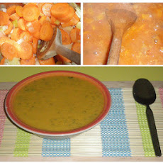 Carrot, Coriander & Lemon Soup