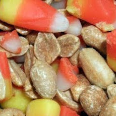 Halloween Party Treat (Candy Corn and Peanut Mix)