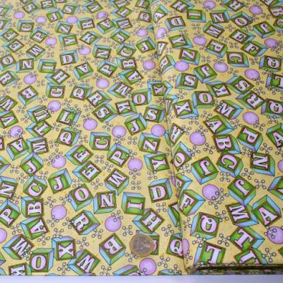 acheter coton les lettres de l 39 alphabet jaune roubaix chez tissus papi dilengo. Black Bedroom Furniture Sets. Home Design Ideas