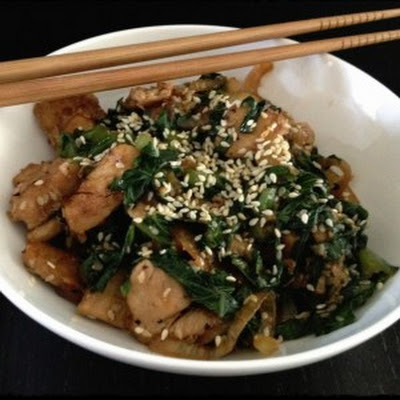 Chicken Wok With Romaine And Roasted Sesame